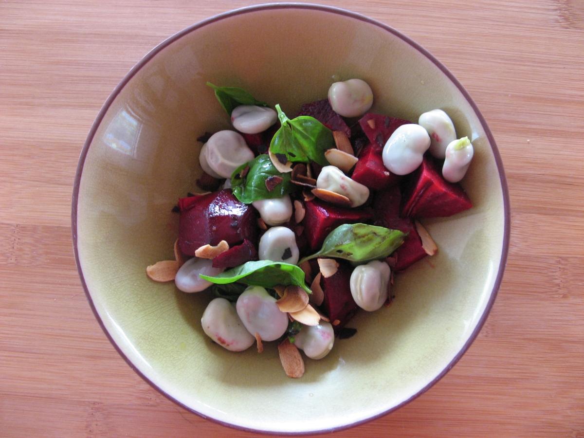 Salade de betteraves aux fèves