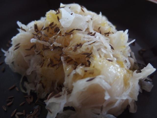 Choucroute crue et cumin